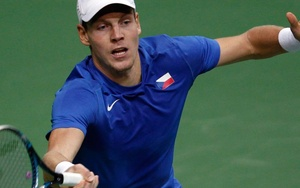 Tomas Berdych Flies His Flag with Pride